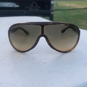 Authentic GUCCI shield logo sunglasses